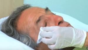 Lavado de Ojo a Persona Dependiente